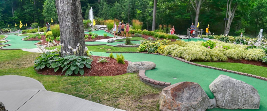 Caddy Shack Mini Golf - TheQuinteNetwork.ca